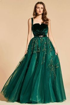Many fashion styles of evening dresses and gowns. Sexy dresses for everyday discount prices. We have a huge selection of formal wear evening dresses, different styles of cheap formal dresses for sale! Dresses Elegant, Pretty Dresses, Sexy Dresses, Beautiful Dresses, Dress Outfits, Prom Dresses, Formal Dresses, Dress Ootd, Dress Prom