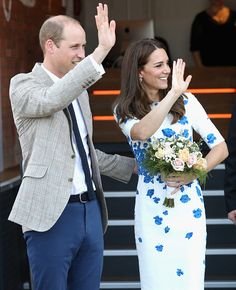 Catherine, Duchess of Cambridge and Prince William, Duke of Cambridge leave Youthscape on August 24, 2016 in Luton, England.