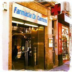 Un farmacia en Barcelona. Medicina se vende allí.