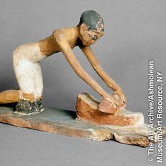 VOCÊ SABIA? Como os moinhos manuais eram usados nos tempos antigos?    Moinhos…