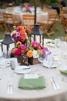 Love these colorful centerpieces. Looks amazing