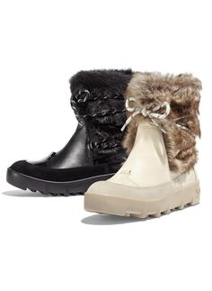 Love these cozy snow boots