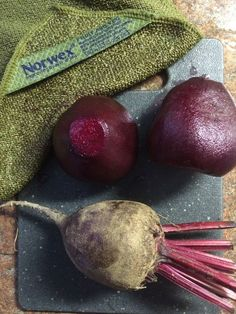 I used the Norwex Veggie and Fruit Scrub Cloth to clean up the beets I was preparing for dinner. Check out the before and after! I also used the Veggie and Fruit Scrub Cloth to pull the silk off the corn once I removed the husks. Rubbing the cloth up and down over the corn produced a nice clean ear of corn, and a compact little ball of silk. I love this cloth!  Learn more here:  http://www.fastgreenclean.com/search/label/Veggie%20and%20Fruit%20Scrub%20Cloth