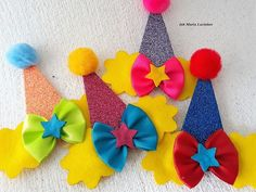 Carnival Birthday, Birthday Party Themes, Felt Flowers, Paper Flowers, Dog Closet, Diy Baby Costumes, Clown Party, Dog Bows, Circus Theme