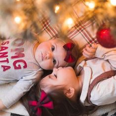 Sibling Christmas Pictures, Family Christmas Pictures, Toddler Christmas Photos, Newborn Pictures, Baby Pictures, Christmas Photography, Theme Noel, Christmas Baby, Xmas