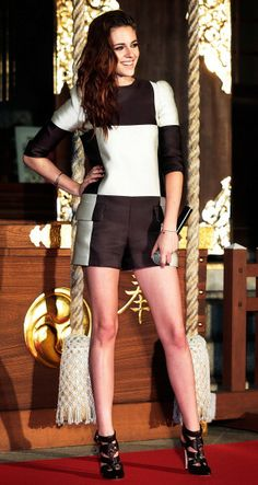 Kristen Stewart in Louis Vuitton, Katy Perry in Wes Gordon and More: Kristen Stewart in Louis Vuitton at a photo call while promoting 'The Twilight Saga: Breaking Dawn Part 2'