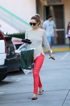 Lauren Conrads hot pink skinny jeans [Photo]