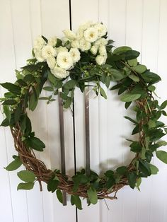 A pretty wreath idea