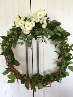 A pretty wreath idea