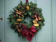 Festive! Christmas scents of fresh pine, orange and cinnamon