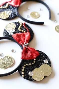 DIY Mickey Pirate Ears Tutorial - perfect for a Disney World trip or Disney Cruise pirate night! #pirate #diy #mickeyears #disney #piratenight #disneycruise