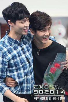 Lay & Baekhyun...adorable!
