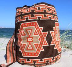 Wayuu Mochila -  Authentic Handmade Wayuu Bag - Daria - MOBOLSO - 1