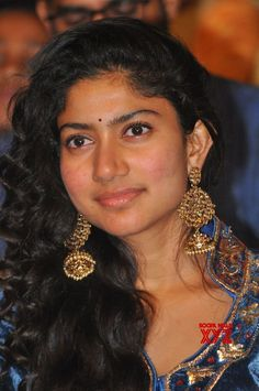 Actress Sai Pallavi Stills From Fidaa Movie Audio Launch - Social News XYZ Hot Images Of Actress, Actress Pics, Beautiful Bollywood Actress, Beautiful Indian Actress, Beauty Full Girl, Beauty Women, Sai Pallavi Hd Images, Samantha Images, Actress Anushka