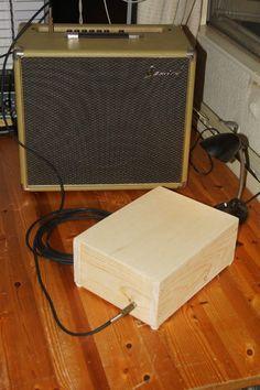 Cajon - Stomp box hybrid