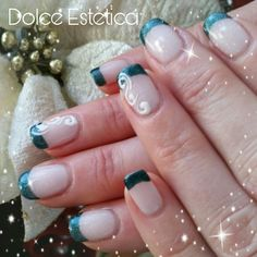 Franch Esmerald  #DolceEstetica #shellac #french #manicure #evolution #nailart #acrilico #christmasstyle
