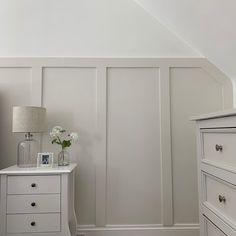 All White Farrow And Ball, Cornforth White Farrow And Ball, Wimborne White, Cornforth White Bedroom, Farrow And Ball Living Room, Farrow And Ball Kitchen, Spare Bedroom Office, Bedroom Wall, Conforth White