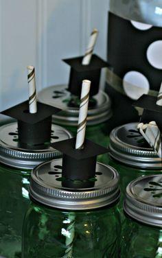 Grad Party Ideas with Foil Stamped Grad Invites | TodaysCreativeBlog.net