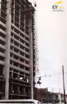 Nos bureaux actuels à London, Ontario, en cours de construction, en 1974. #EYCan150