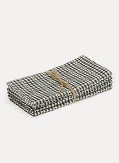 Set of four x napkins Hand-woven by artisans in Chiapas, Mexico of cotton.