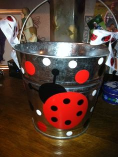 lady bug pail to take to lunchroom! Ladybug Room, Ladybug Party, Ladybug Crafts, Decoupage, Pallet Crafts, Girl Birthday, Frozen Birthday, Happy Birthday, Painted Chairs