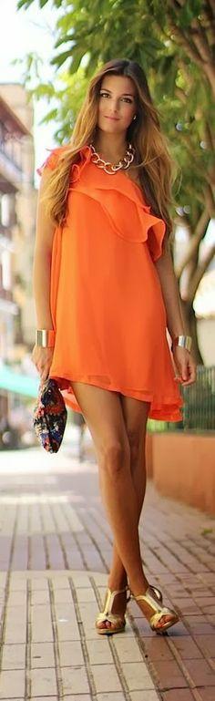 #PANDORAsummercontest street fashion...the orange Summer style...