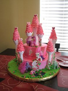 MY LITTLE PONY CASTLE | Flickr - Photo Sharing!