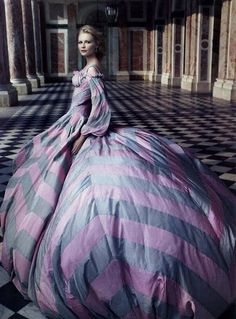 Kirsten Dunst as Marie Antoinette, shot for Vogue US 2006 by Annie Leibowitz