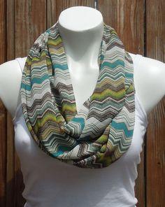 cute scarf w/chevron pattern