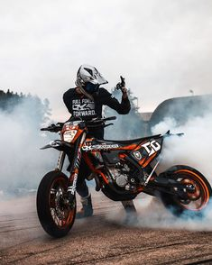 What is your favorite picture of We chose 8 pictures, now we need your help. 1 ( 2 ( 3 ( 4 ( 5 ( 6 ( 7 ( 8 ( Comment below your favorite picture of 2018 🔥😜 . Ktm Dirt Bikes, Cool Dirt Bikes, Dirt Bike Helmets, Triumph Motorcycles, Motard Bikes, Ktm Supermoto, Motorcross Bike, Ducati, Bike Photography