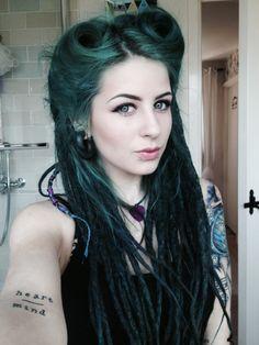 pin up dreads. so pretty