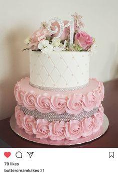 Birthday Cake Roses, 15th Birthday Cakes, Sweet 16 Birthday Cake, Elegant Birthday Cakes, Beautiful Birthday Cakes, Birthday Cakes For Women, Birthday Cake Girls, Birthday Cake For Women Elegant, Sweet Sixteen Cakes