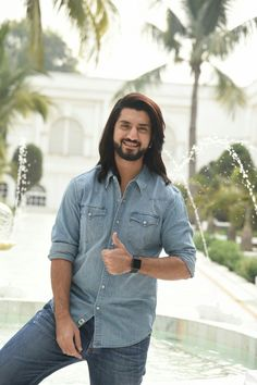Are you finding Height, Weight, Wiki, Age, Family Biography etc of Kunal Jaisingh? Check his all details at a glance here only on trendingbios. Hottest Male Celebrities, Indian Celebrities, Celebs, Royal Enfield Classic 350cc, Kunal Jaisingh, Dj Movie, Shrenu Parikh, Nakul Mehta, Surbhi Chandna