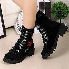 0fc677c0ea Fashion bluer dream - ladies Autumn winter flat heel boots platform Thick  lace-up boots