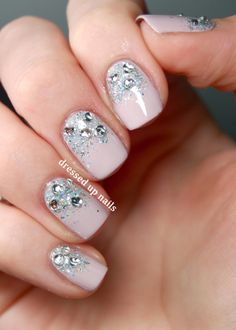 Dressed Up Nails - heart rhinestone glitter gradient nail art