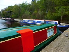 Barges  by Zrnho Correy narrow canal parking in greenfield England.