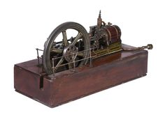 A model of an early 20th century horizontal live steam - 2