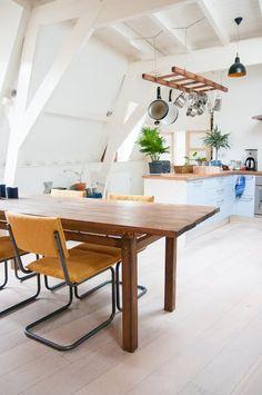 Ladder boven keuken