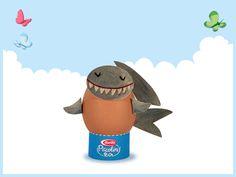 Shark egg. Download this papertoy here: http://it.piccolini.com/decorazioni-pasqua/lo-squaletto/