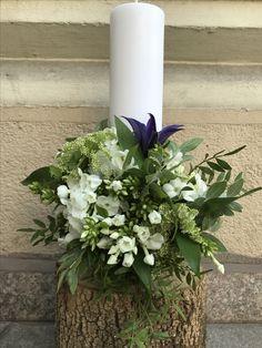 A special baptism candle for a special little boy! Baptism Candle, Special People, Little Boys, Flower Arrangements, Candles, Green, Flowers, Plants, Floral Arrangements