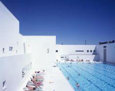 Les Bains des Docks Aquatic Complex  in architectuur bij Ateliers Jean Nouvel