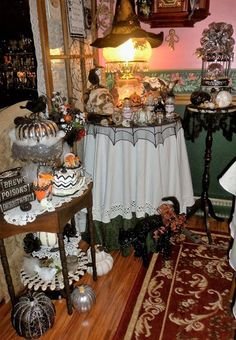 DEBBIE-DABBLE BLOG: Spooky Dining Room, Part 1, 2016