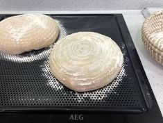 Könnyű kovászos kenyér   Ani Davies receptje - Cookpad receptek Camembert Cheese, Dairy, Bread, Food, Brot, Essen, Baking, Meals, Breads