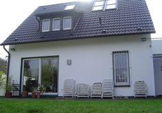 Een buitenmuur geverfd met de SPS Façade Mat SB. Een prima muurverf voor buiten. Lees meer: http://www.muur-coatings.nl/uitvoering/huis-limburg-buitenmuren-behandeling