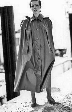 Rain Cape, Rain Wear, Capes, Raincoat, Women Wear, Black And White, How To Wear, Vintage, Fashion