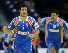Domagoj Duvnjak (Croatian): One of my new favorite players. Great potential and Star Quality.