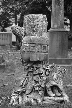 Unusual headstones grave markers there is a cemetery in New Ulm, MN that has many tree carving style headstones.