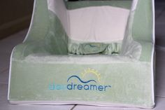 DayDreamer Sleeper / Inclined Bassinet Review By The Staten Island Family