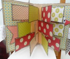 Flag book how to by guest designer Sarah. Flip Books, Mini Books, Mini Scrapbook Albums, Mini Albums, Stuff To Do, Cool Stuff, Little Star, Book Art, Projects To Try