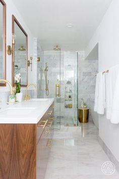 47 Modern Contemporary Bathroom Design Ideas - Modul Home Design Modern Contemporary Bathrooms, Modern Master Bathroom, Modern Bathroom Design, Bathroom Interior Design, Small Bathroom, Bathroom Ideas, Minimal Bathroom, White Bathroom, Bathroom Organization